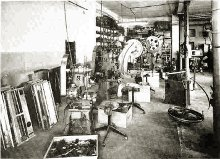 binson_factory_old_department_for_the_preparation_of_mechanical_parts_small