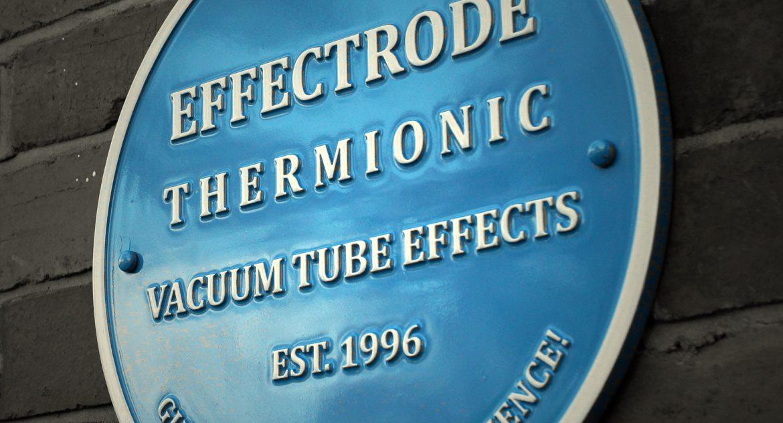 Effectrode Blue Circle sign
