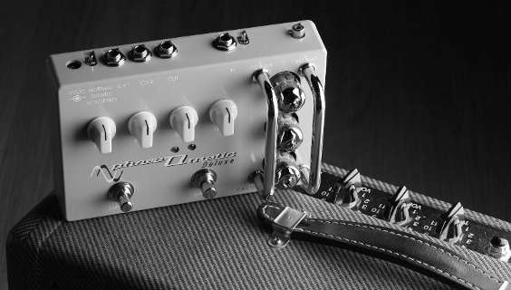Phaseomatic pedal and Fender Tweed amp